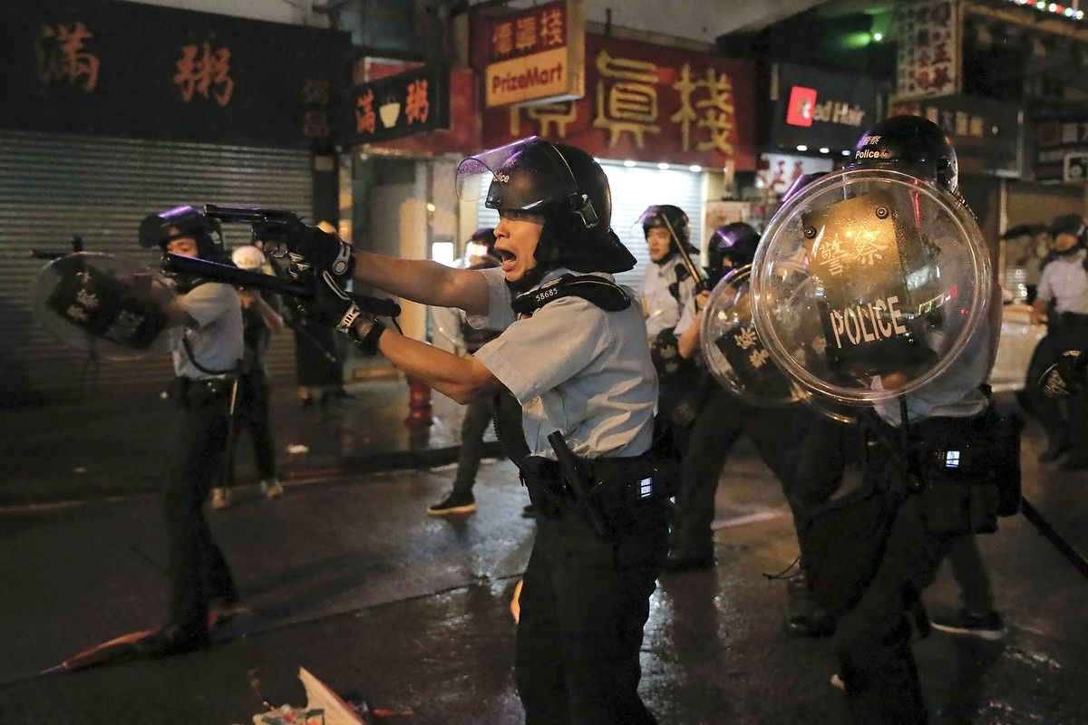 Tensions Escalate at Hong Kong Protest With Police Weapon Fired