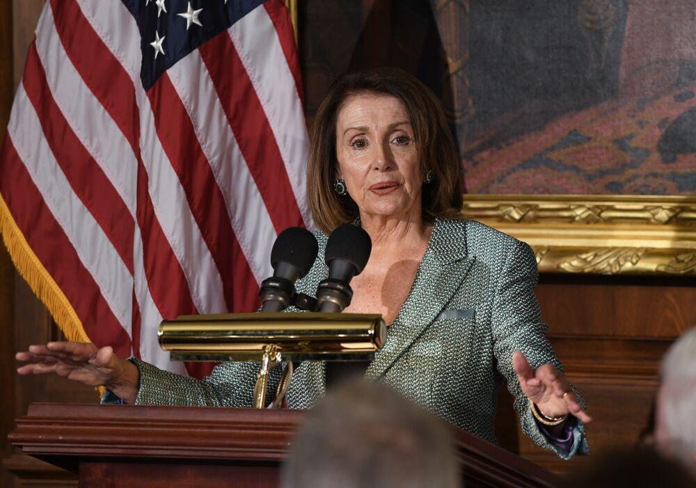 Nancy Pelosi Demands Unclassified Briefings on Mueller's Trump Report