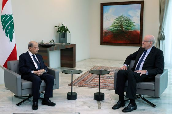 Lebanese President Names Billionaire Mikati to Form Cabinet