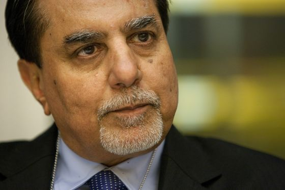 U.S. Hedge Fund Asks Indian Media Mogul to Exit One of His Firms