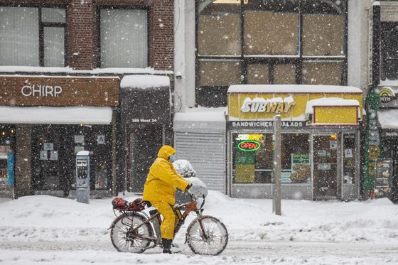 New York Snow Entered Record Books as City Dug Out