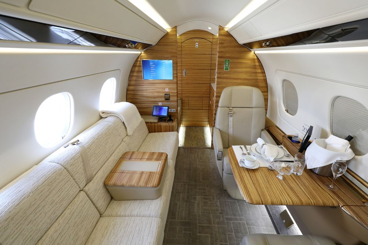 As Luxury-Jet Sales Heat Up, Even Used Planes Get `Picked Over'
