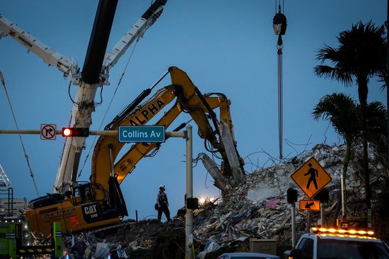 Florida Building Collapse Hints at Future When Only Rich Can Afford Beach