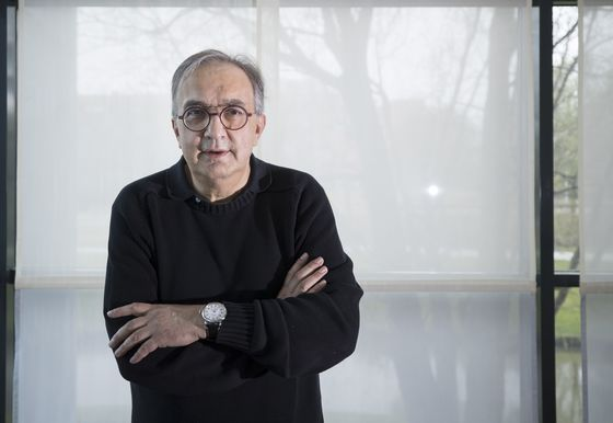 Marchionne Gets $54 Million in Pay and Perks for Year He Died
