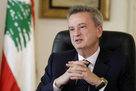 Lebanese Judge Charges Central Bank Governor Over FX Misuse