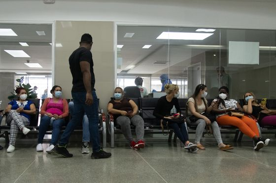 Long Spared, Venezuela Sees Carnival Covid Spike But Hides Toll
