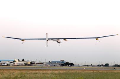 The Solar Impulse lifts off in San Francisco