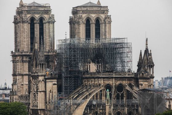 Luxury Titans Lead $678 Million Effort to Restore Notre Dame