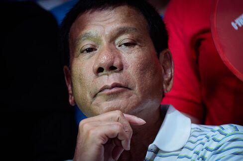 Philippines Presidential Candidate Rodrigo Duterte Campaigns In Manila