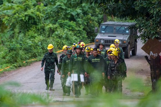 U.S. Firm Helps Thais to Pump Water From Cave to Save Boys