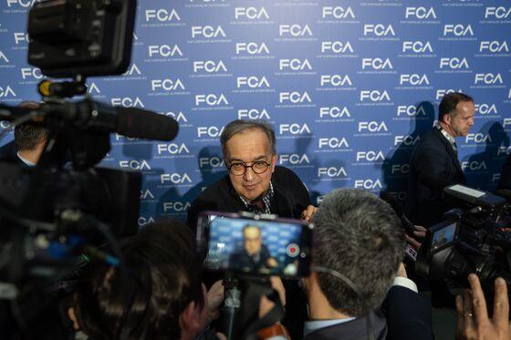 Fiat Chrysler CEO 100% Sure Carmaker Can Survive Tech Disruption