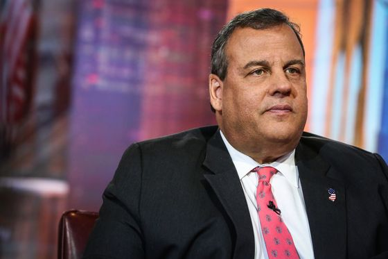 Trump Meets With Christie as He Continues Chief of Staff Search