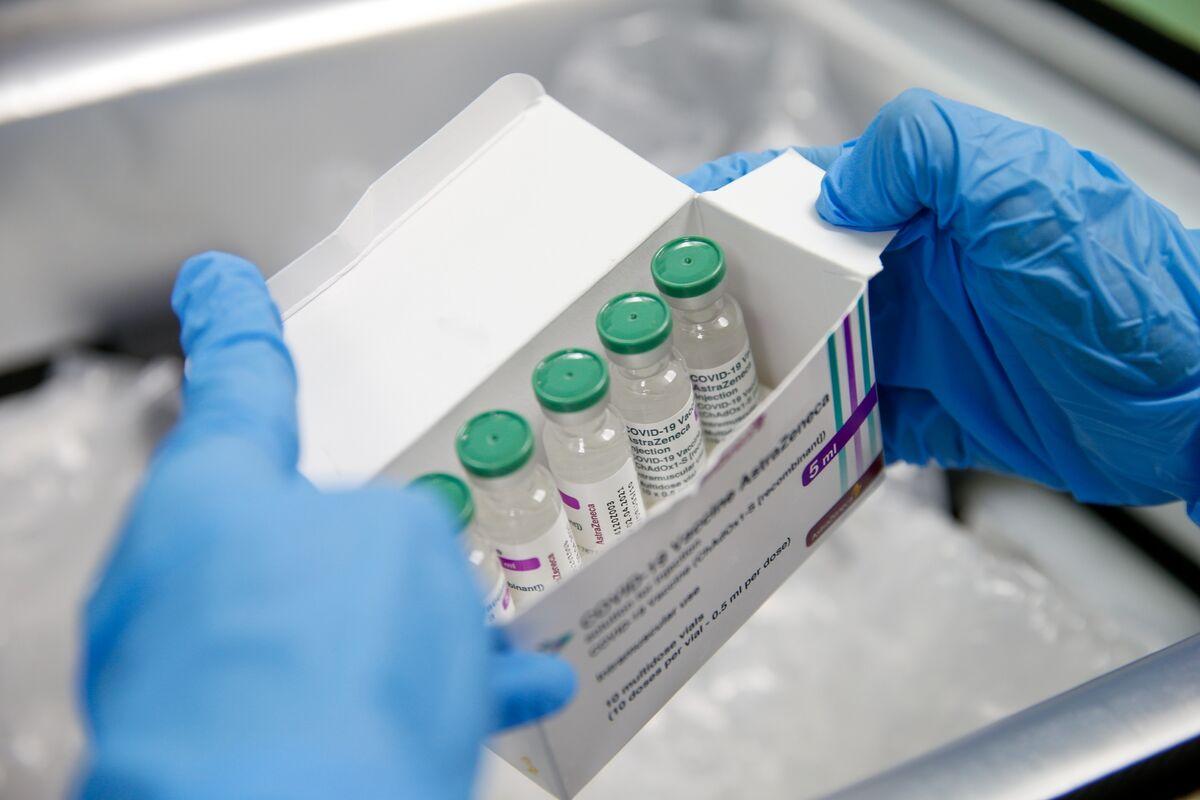 U.K. Cites 7 Clot Deaths; U.S. Cases Trend Upward: Virus Update thumbnail