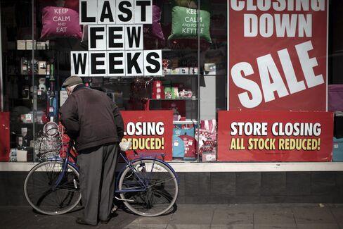 U.K. Economy Shrinks More Than First Estimated