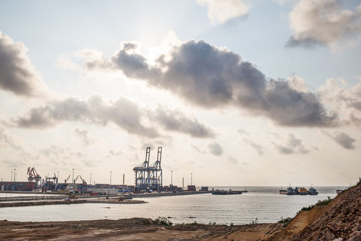 China Stakes Its Claim on West Africa - Bloomberg