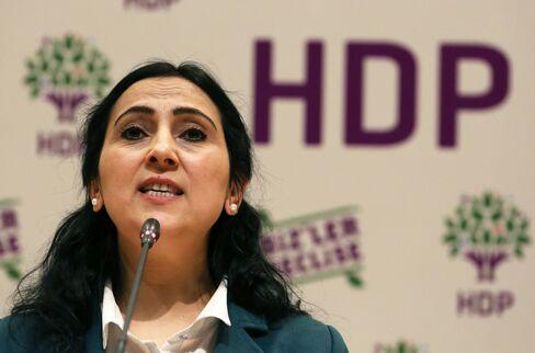 Pro-Kurdish Peoples' Democracy Party (HDP) Co-Chairwoman Figen Yuksekdag. Photographer:Burhan Ozbilici/AP Photo
