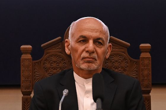 Ghani Apologizes for Leaving Afghans 'Without Stability'