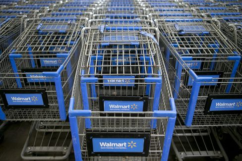 Wal-Mart Executives Sweat Slow February Sales Start in E-Mails