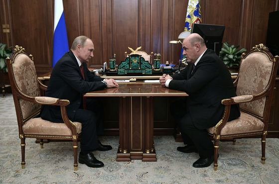 Putin the Puppet Master Shows He Retains the Power to Shock