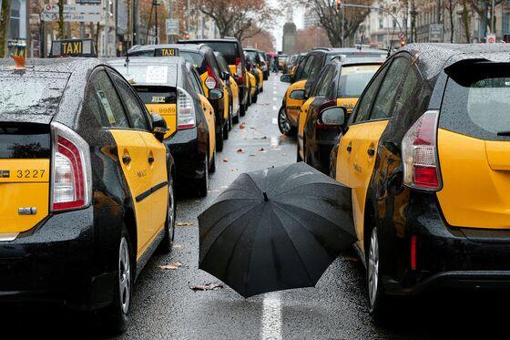 Uber Suspends Service in Barcelona After Cab Strike