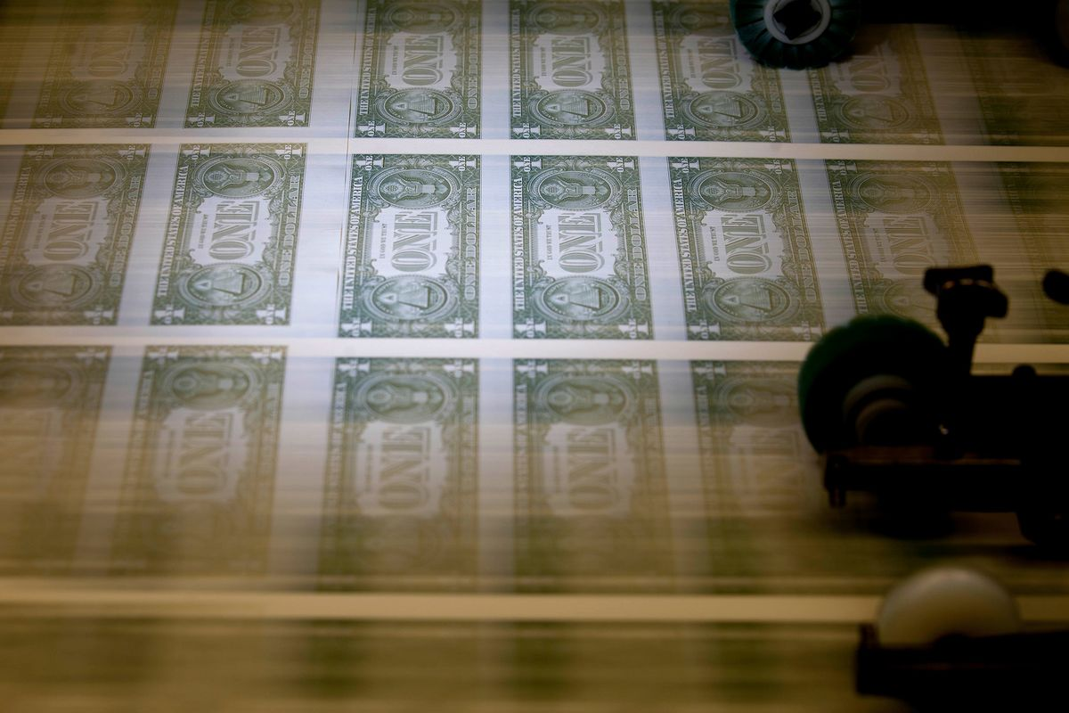 New Rules Transform $2.7 Trillion of Money Funds: QuickTake Q&A