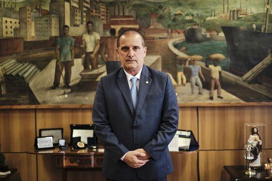 Bolsonaro Ally Scorns 'Absurd' Courts Over Vaccine Enforcement