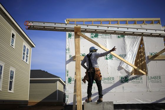 Home Prices Soar in Frenzied U.S. Market Drained of Supply