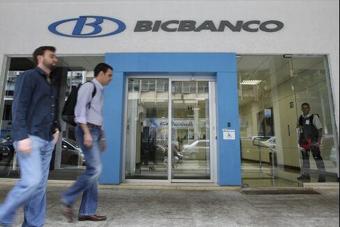 Mid-Size Company Lenders Post Worst Returns