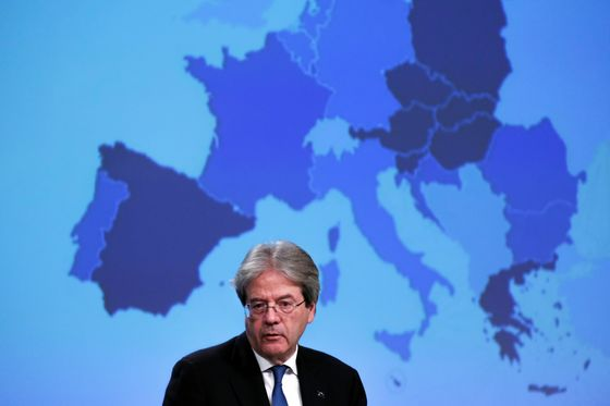 EU's Economy Chief Calls for New Fiscal Rules to Aid Recovery