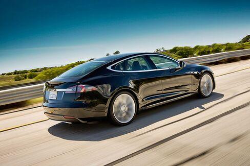 Test-Driving Tesla Motors's Super-Fast Model S