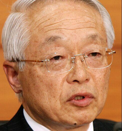Kamezaki Sees Yen Risk, Says BOJ to Act Proactively on Price