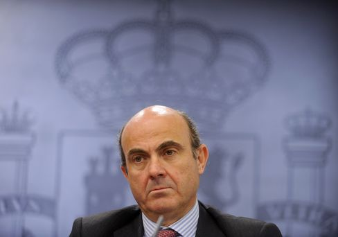 Spain Not Under Pressure to Seek Bank Bailout
