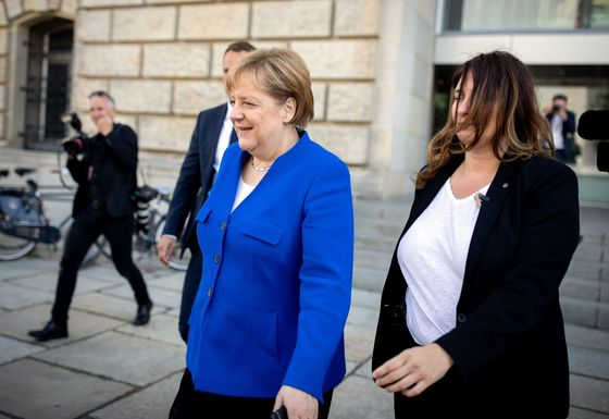 Merkel Defuses Coalition Clash Over Migration With Compromise