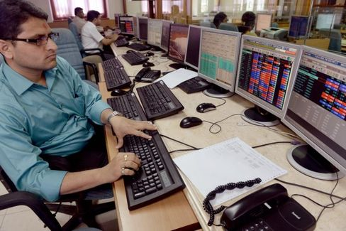Indian Stocks Climb, Partly on Political Expectations???but Are They Right?