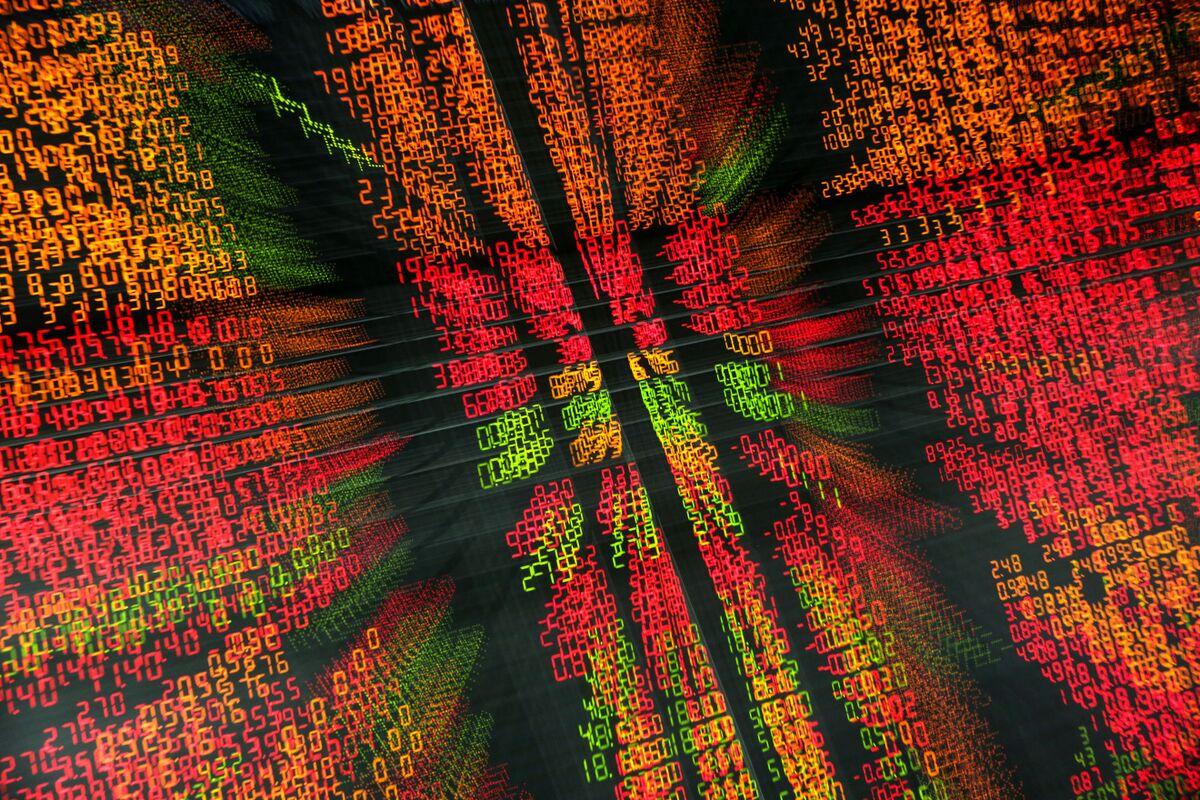 Euro Drops as German Talks Fail; Asian Stocks Slip: Markets Wrap