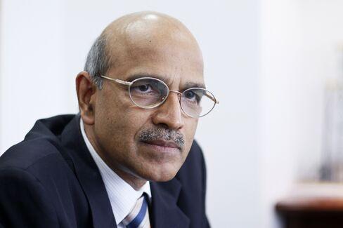 Essar oil CEO Lalit Kumar Gupta