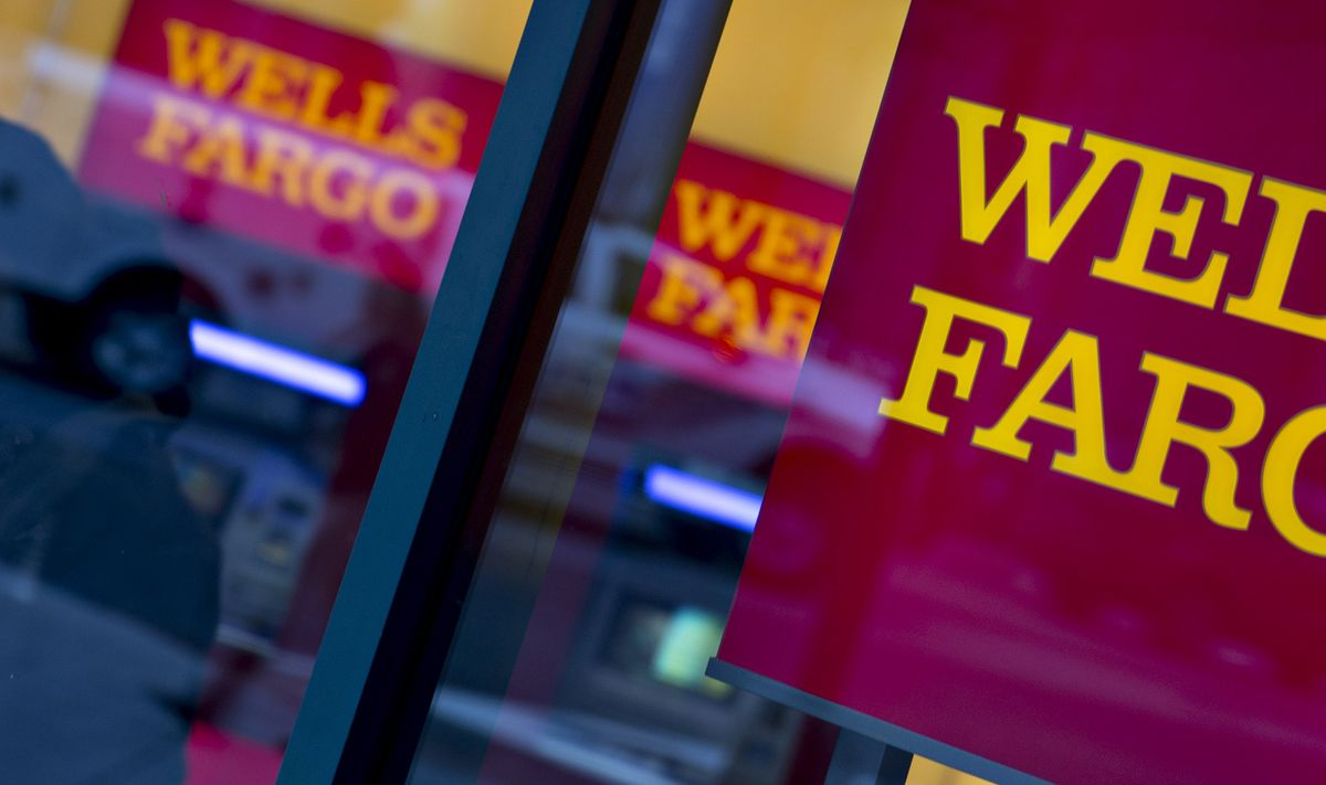 Wells Fargo's $1 Billion Pact Gives US Power to Fire Managers
