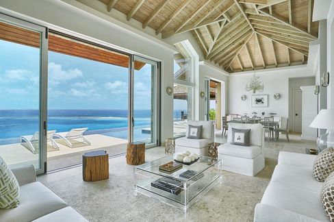 The Great Room of the Reef House, one of the villas available to rent at Oil Nut Bay.