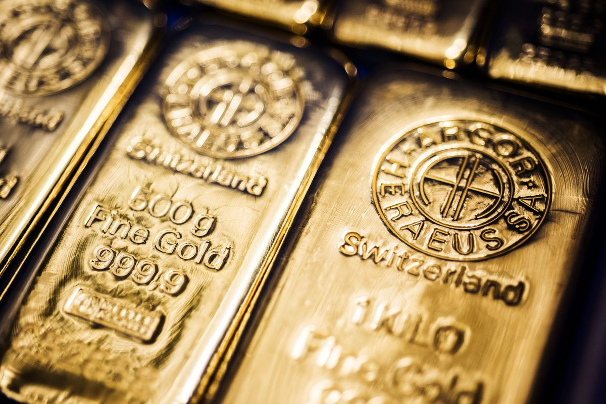 Gold Can Still Top 3 000 Amid Recovery