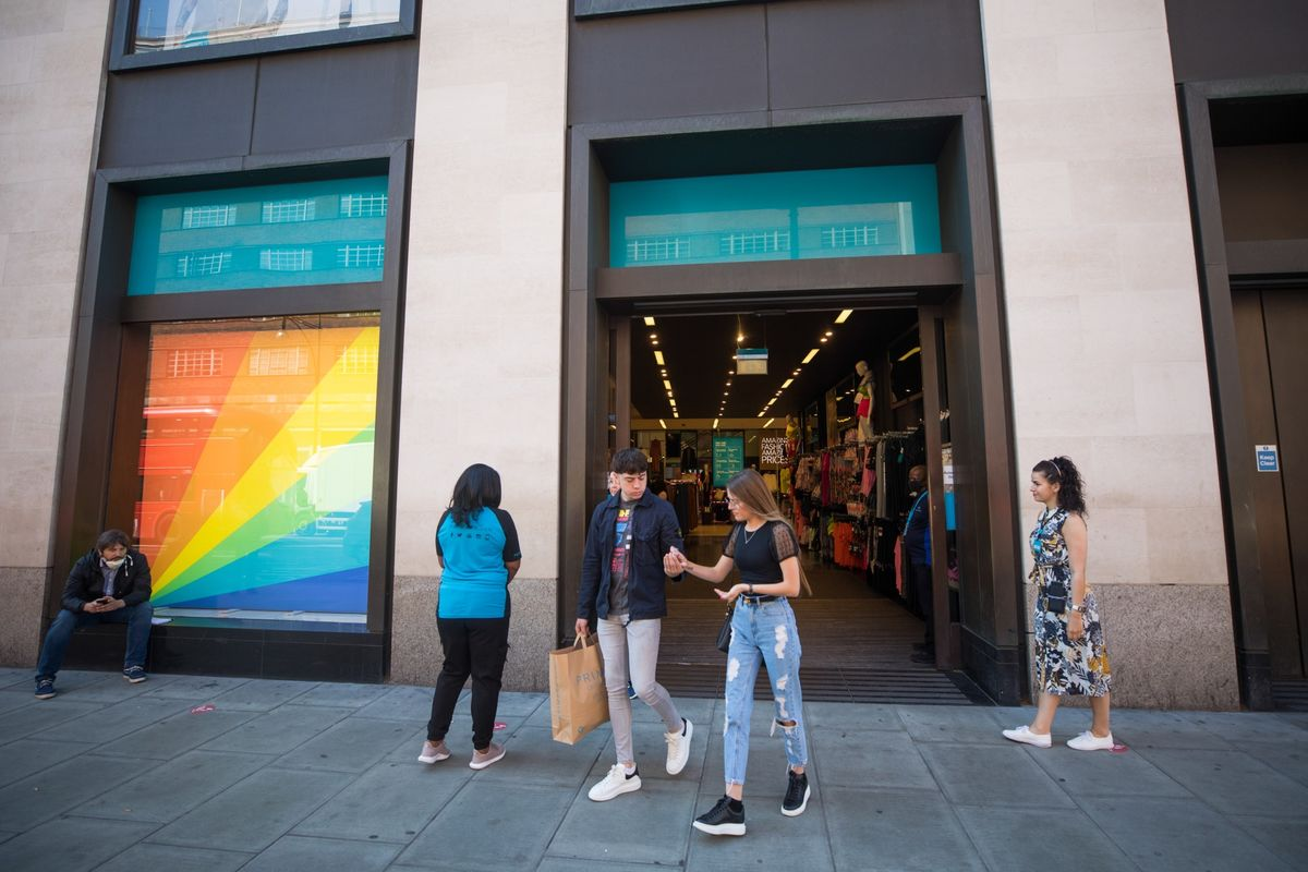 Primark to Reject Sunak's $37.9 Million Payout, Times Says