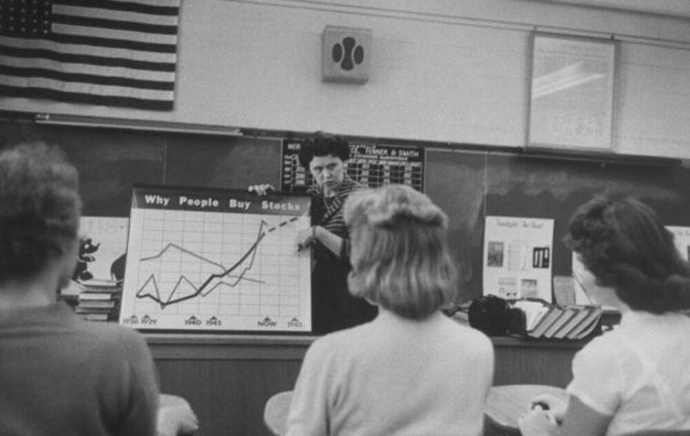 The Ways That Pop Economics Hurt America