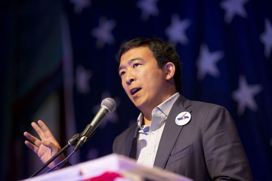 San Franciscans Lukewarm About Warren Plan to Break Up Big Tech
