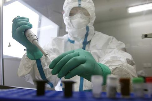 CDC Races to Create a Vaccine for China's Latest Bird Flu Strain