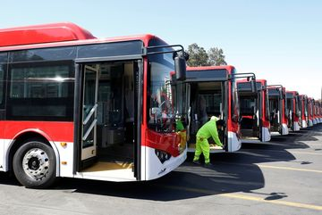 Why China Is Winning The Electric Bus Race Bloomberg