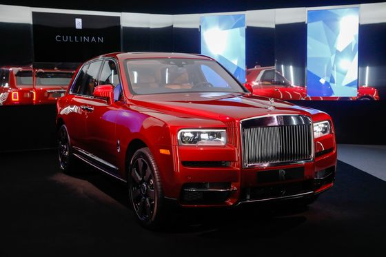 Rich Moms and Millennials Make Canada Hot for Rolls-Royce