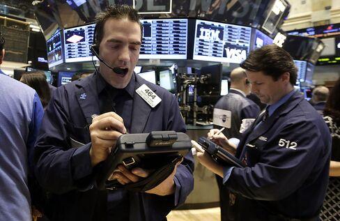 S&P 500 Index Rises Toward 5th Quarterly Gain Before Yellen Talk