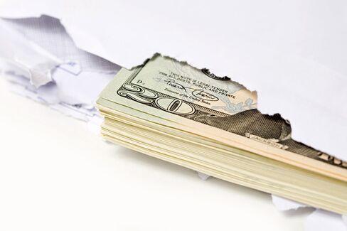 Corruption 101: MBAs Get Schooled in Battling Bribery