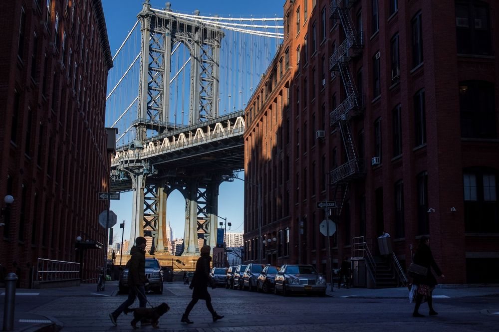 How Many People Live In New York City Population Is Shrinking Bloomberg