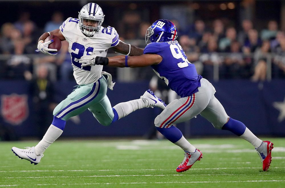 Dallas Cowboys  Ezekiel Elliott Runs 21 Miles an Hour 4f34efb8309a