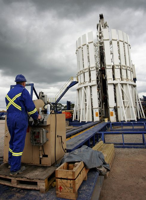 Shale Fracking Can Resume in U.K. With Safety Measures